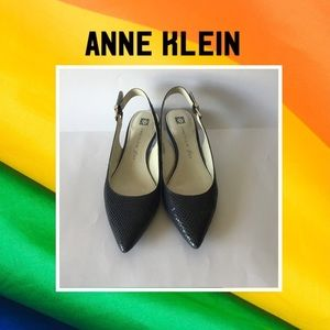 ANNE KLEIN▪️Navy Blue Kitten Heel Pumps Sz-9.5M